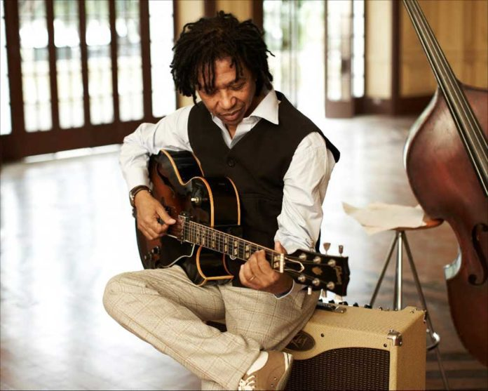 Warming up to Djavan is easy when you hear him sing at Connectbrazil.com